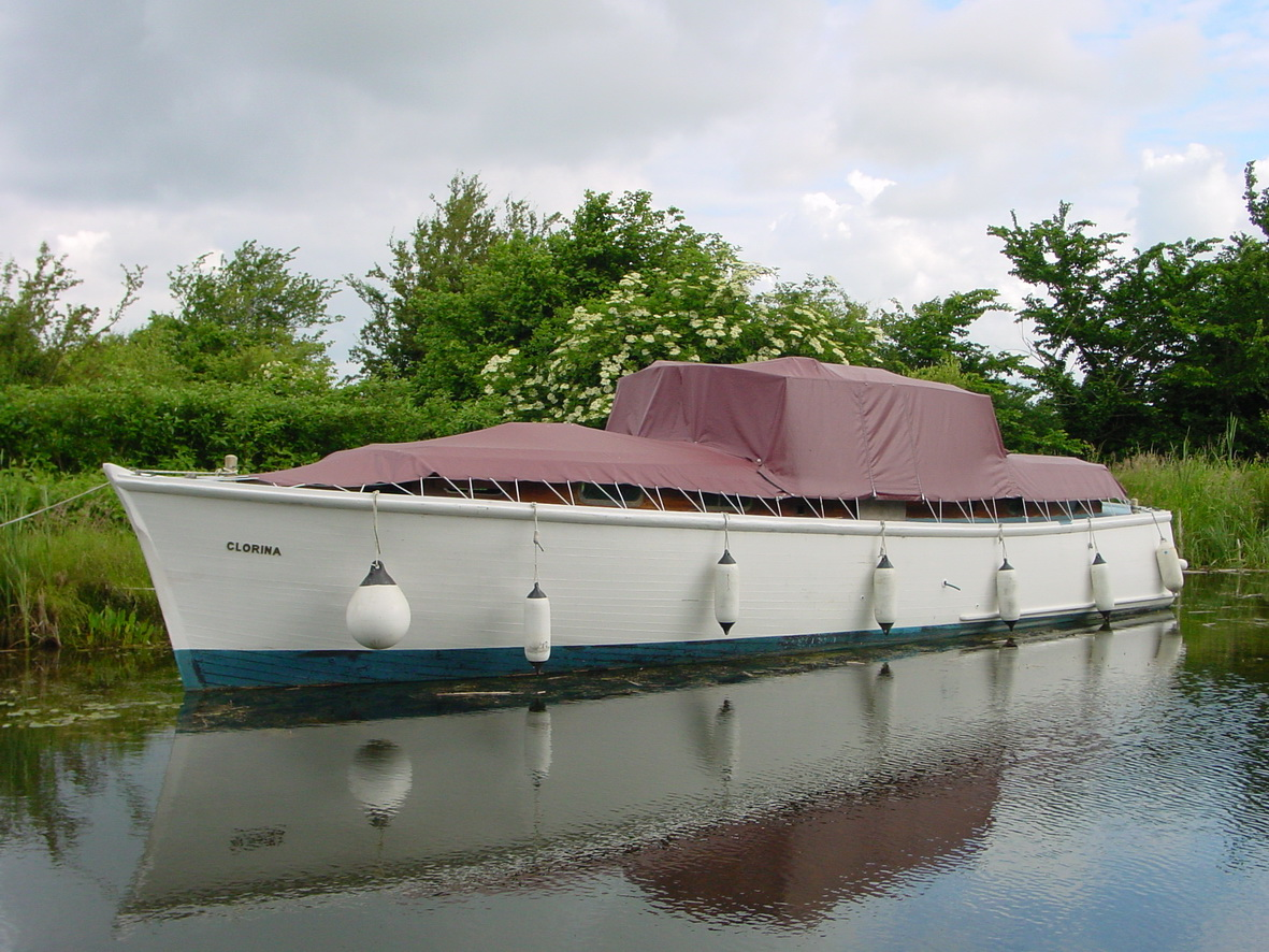 Clorina at Lock 34 on the Grand Canal
