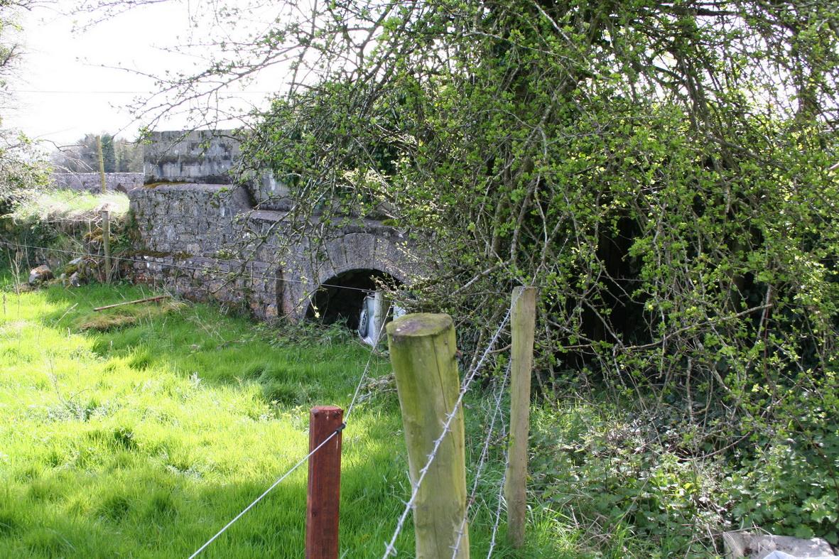 The bridge (north-east side)