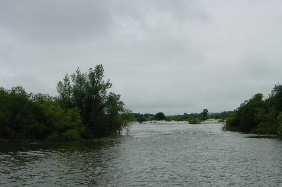 Breach in the embankment at the bend