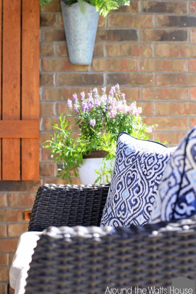 Back-Porch-Summer-2015-Couc