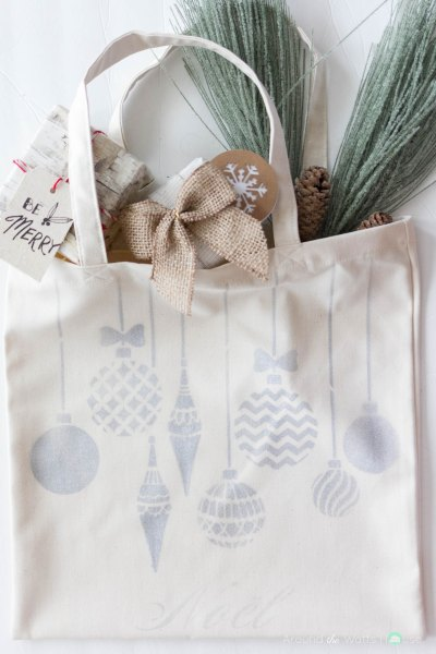 Holiday Tote Bag with Cutting Edge Stencils