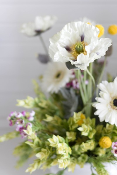 Spring Floral Arrangement Iris Nacole Craft- Last Minute Decorating Idea