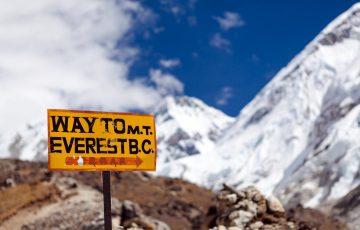 Irlandczyk zaginął na Mount Everest. Rodzina zbiera pieniądze.