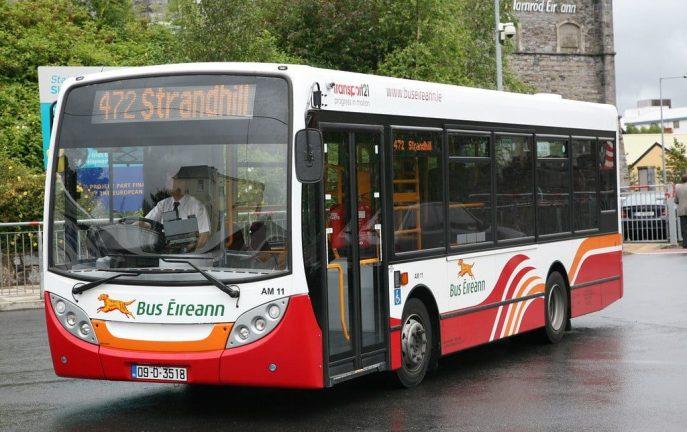Dzieci mogą podróżować bezpłatnie środkami transportu publicznego