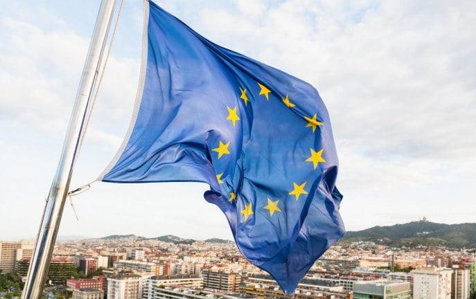 Za spalenie flagi UE i obrazę hymnu Unii będzie grozić więzienie