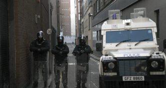 """Znaleziono bombę w zaparkowanym pojeździe """"przeznaczoną dla patrolu policyjnego"""""""