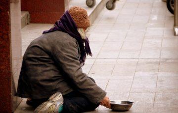 81-letnia bezdomna kobieta spała na ulicach Dublina