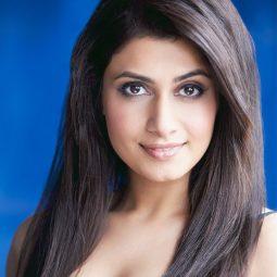 @AnaSani14Ana Sani as Richma