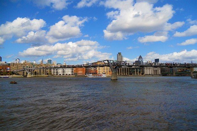 Millenium Bridge | London for free: places to visit and things to do