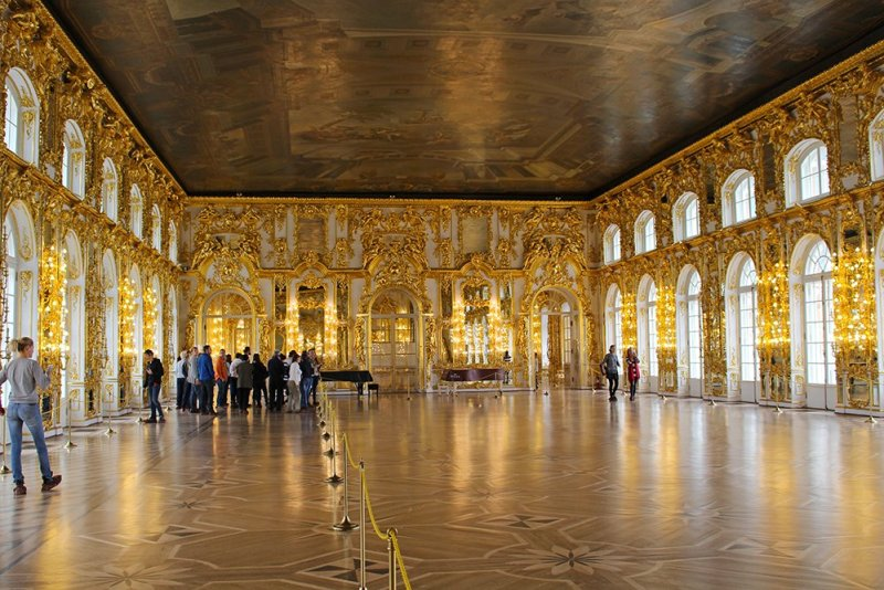 3 Best 1-Day Trips from St. Petersburg | The Great Hall of Catherine's Palace