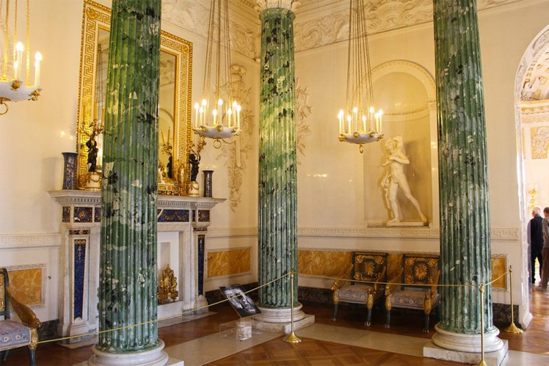 3 Best 1-Day Trips from St. Petersburg | Pavlovsk Palace interiors