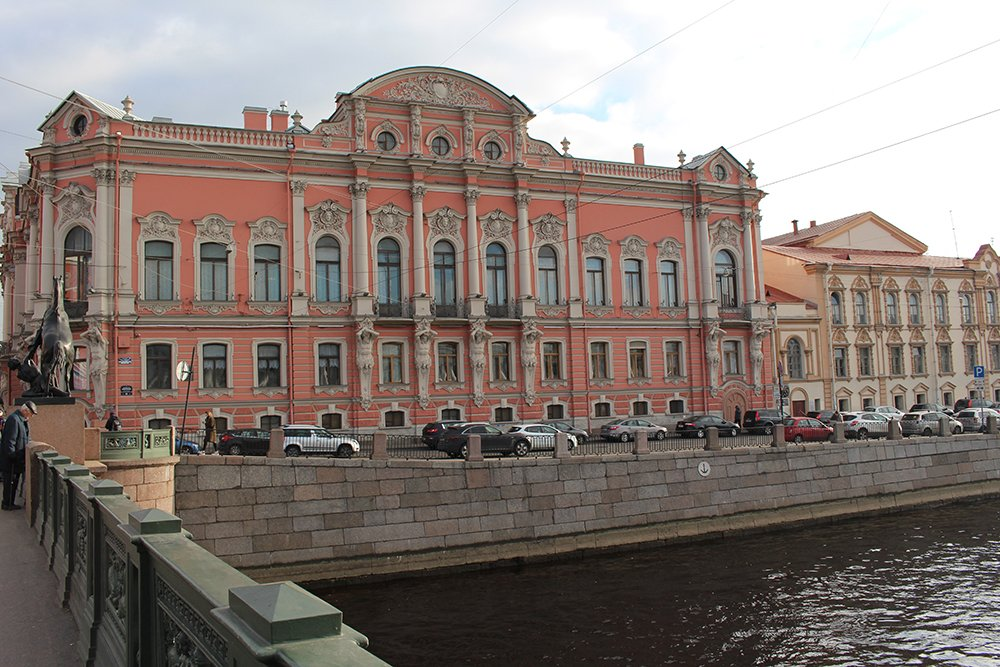 More than 20 things to do and places to see in St Petersburg