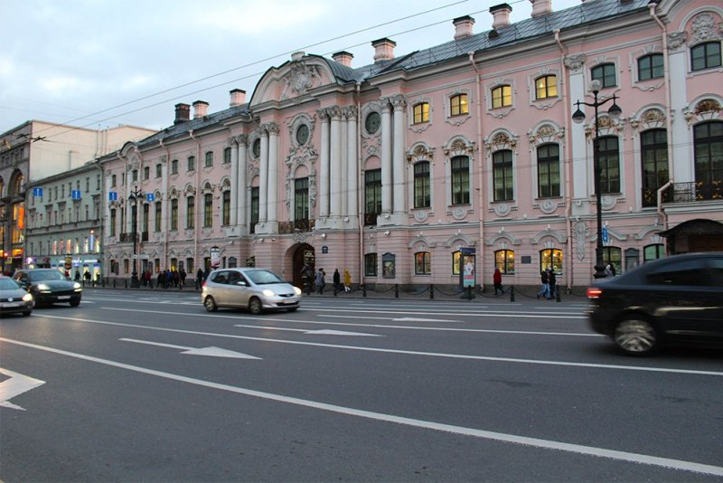 More than 20 things to do and places to see in St Petersburg | Stroganov Palace
