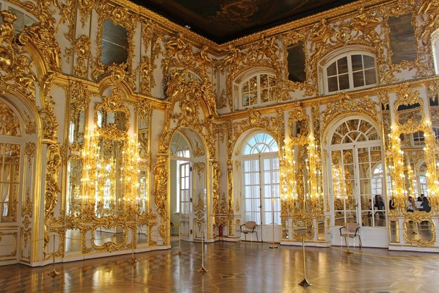 A full travel guide to St Petersburg, Russia   Inside Catherine's Palace in Pushkin