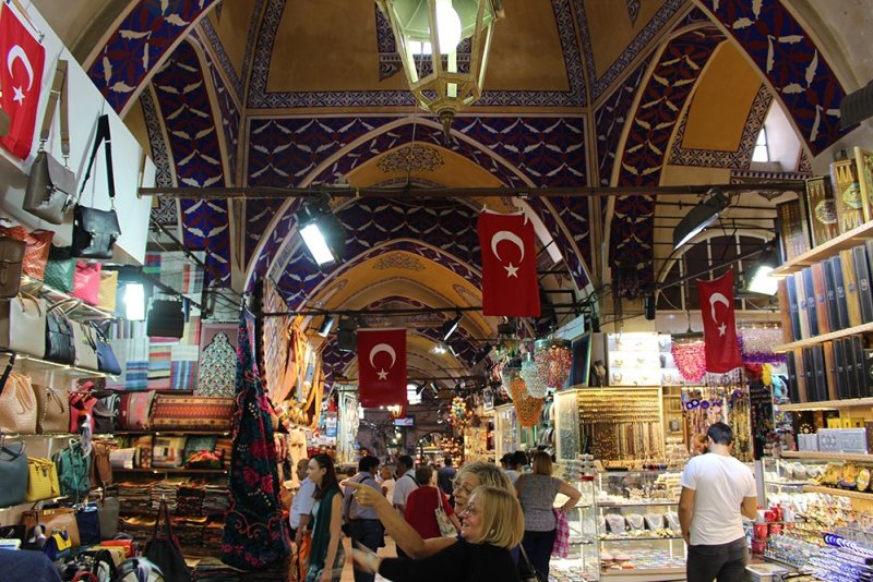 Things to do during a short layover in Istanbul, Turkey | Grand Bazaar of Istanbul