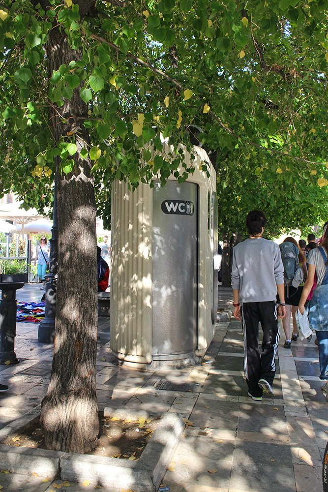 3 Weeks of Solo Travel in Spain, Part 3: 3 Days in Granada | Public toilet