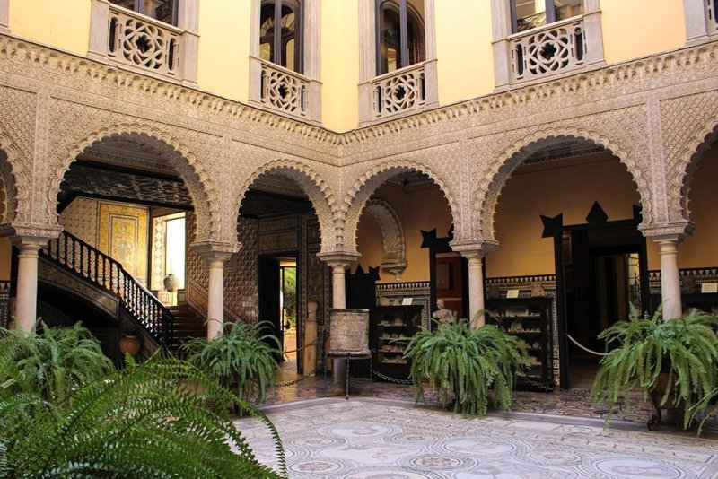 3 Weeks of Solo Travel in Spain, Part 6: a Long List of Places to See in Seville | Palacio de Lebrija