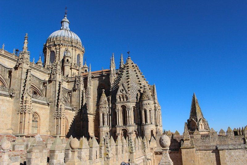 3 Weeks of Solo Travel in Spain: 3 days in Salamanca | The Cathedral of Salamanca