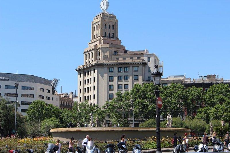 Что посмотреть в Барселоне в первый раз   Площадь Каталонии