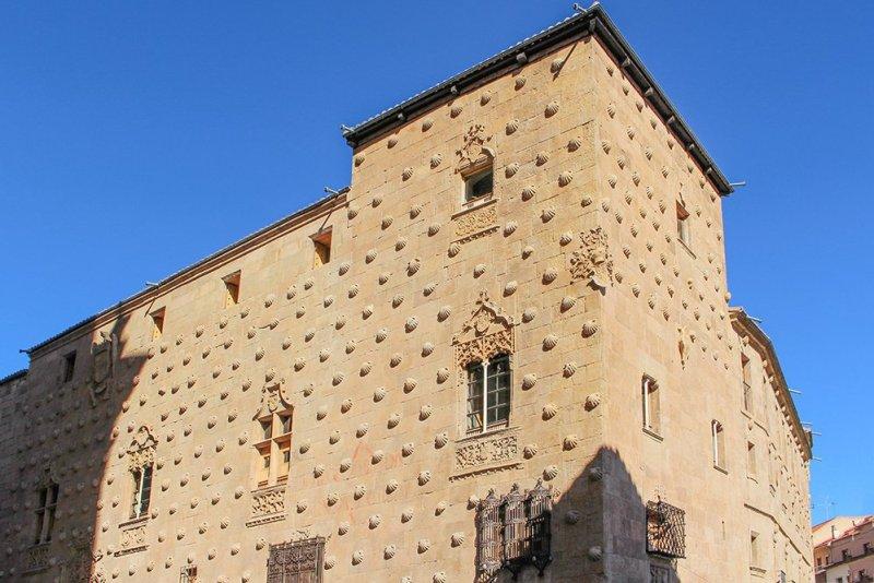 Things to do in Salamanca, Spain   Casa de las Conchas