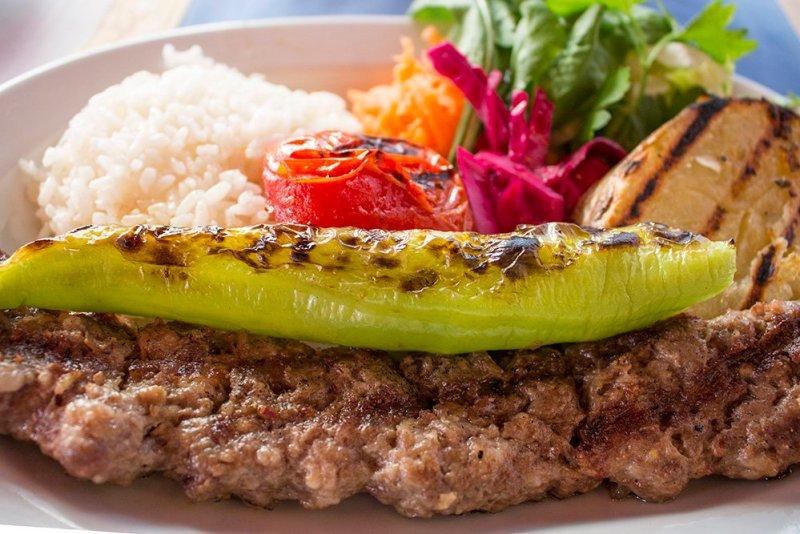 20 useful travel tips for Istanbul   Yummy Turkish kebab