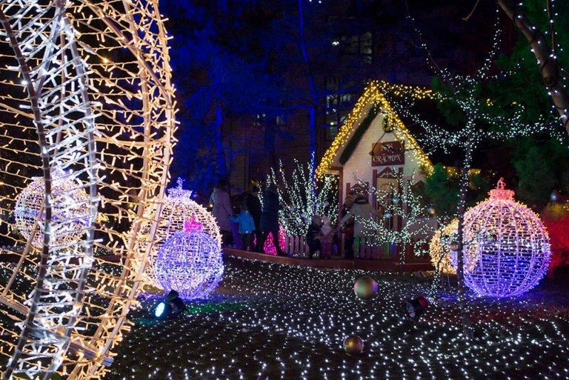 Christmas Fair in Chisinau, Moldova   Cabin of Father Frost or Mos Craciun