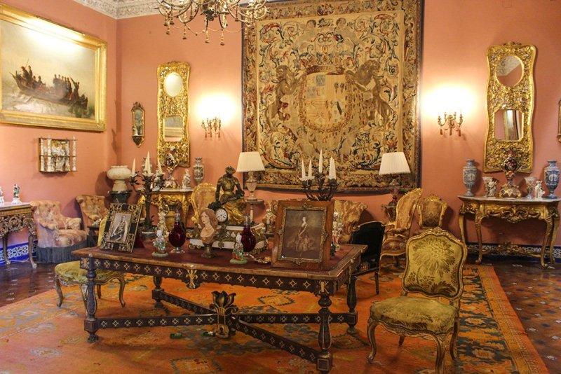 Главные и самые красивые достопримечательности Севильи | Внутри дворца Дуэний