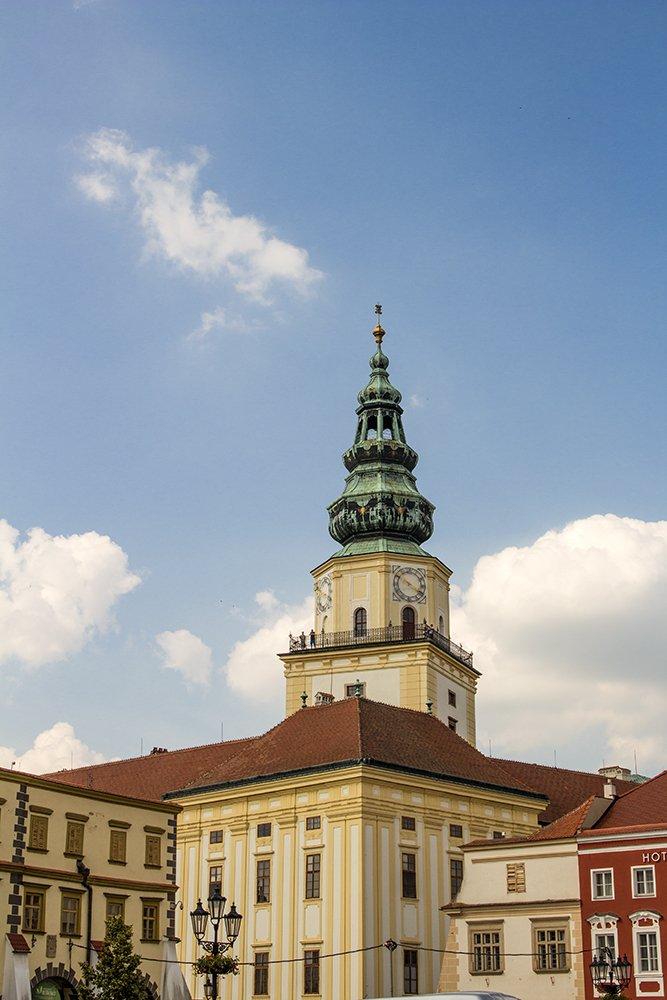 Czech Republic: Visiting Kromeriz Castle and Gardens from Brno   The Tower of Kromeriz Castle