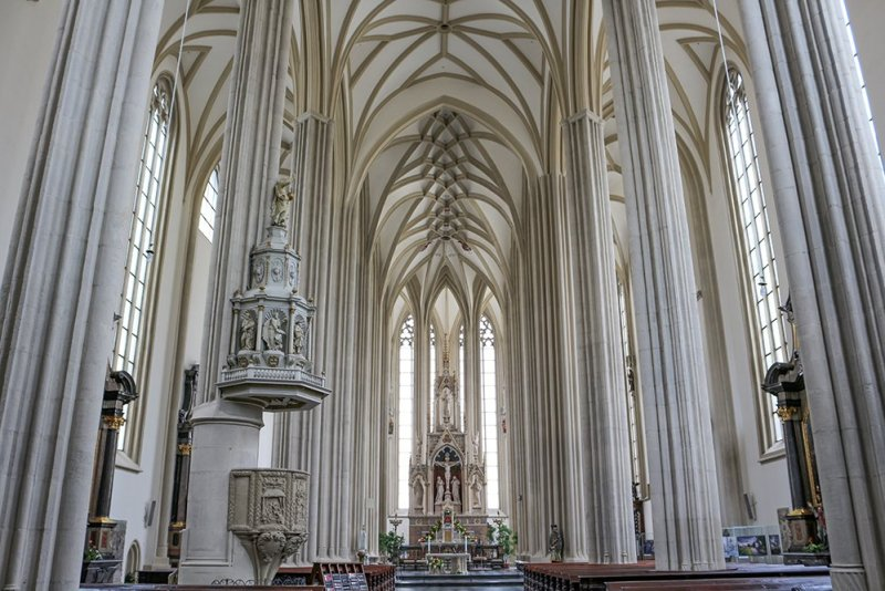 Things to do in Brno, Czech Republic, in 1 day | Inside the Church of St. James in Brno