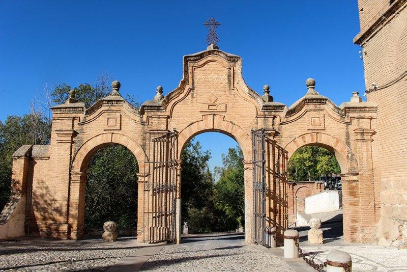 Аббатство Сакромонте в Гранаде
