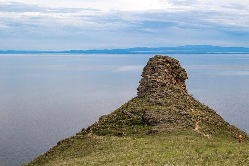 The rock in Khalzan Bay with Stalin in profile