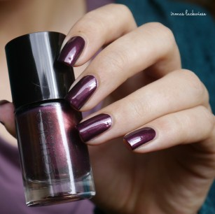 catrice first class upgrape + diamond nail vinyls (3)