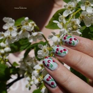 essence make up your mint + cherry nailart (14)