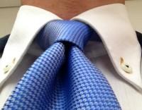 一日中ディンプル( くぼみ)が消えない簡単ネクタイの締め方
