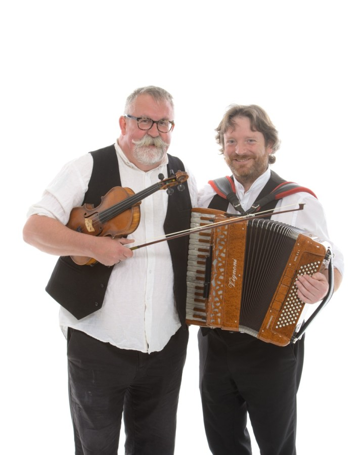 accordion & fiddle wedding musicians