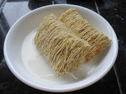 ironstruck.com-shredded wheat an excellent source of carbohydrates.