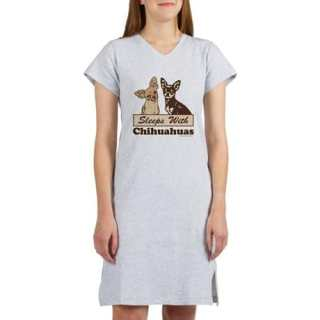 Sleeps With Chihuahua Woman's Novelty Nightshirts