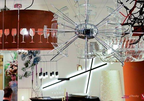 Lampadario/sospensione 3 luce in metallo verniciato con polvere epossidica colore nero. Versioneluce Sas Lampade E Illuminazione Napoli Na