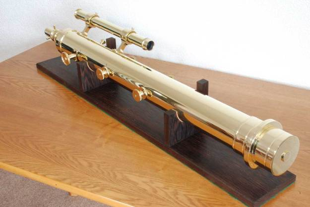 The Presentation Telescope showing the brass studs with their milled brass knobs