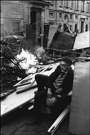 Maio de 1968 Derrubar As Prateleiras
