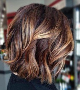 caramel highlight short hair