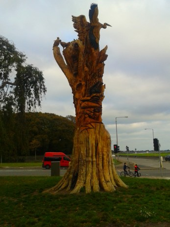 carved_tree_21