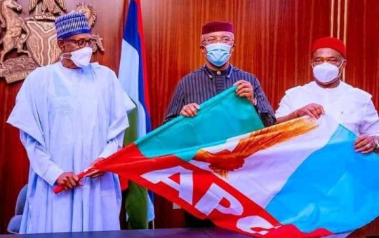 President Buhari Receives Anambra Deputy Governor As He Defects To APC