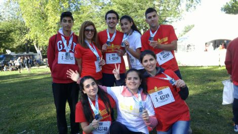 A group of young Syrian newcomers participated in the Rock n' Roll Half 5K this past weekend in Montreal. Participants ranged in age from 13 to 26.