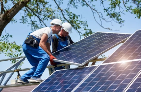 Irvine Simplifies Solar Permit Process for Homeowners