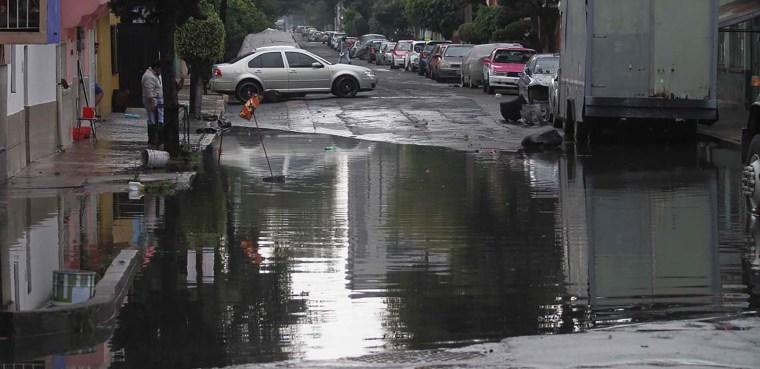 Inundaciones-lluvias-caos-encharcamientos-LCM_6583