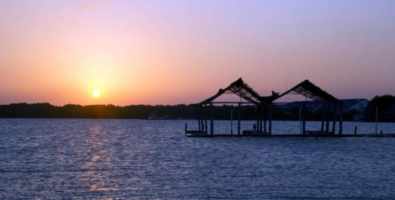 Turismo-Atardecer-Sol-Ocaso-PLAYA-Riviera-Maya-Sedetur-Quintana-Roo-768x391