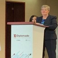 Finalista de Premio Pullitzer señala que el periodismo ciudadano no existe; hay que estudiar