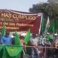 Impiden el paso de campesinos al Zócalo