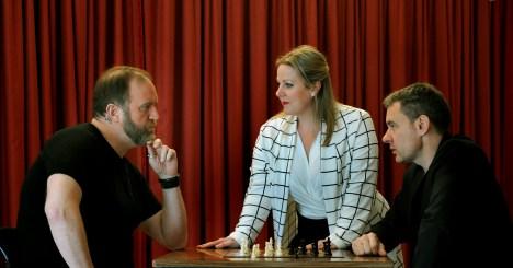 aa 019 chess feb prepix 21